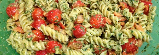Pesto Pasta Salad (with a kick!)